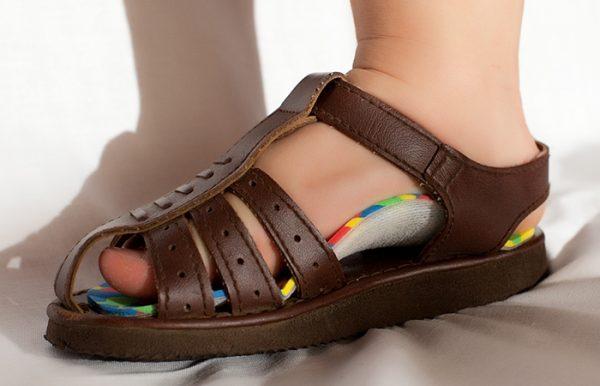 ortopedicheskaya-obuv-detskaya